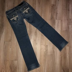 🎉⭐️👖 ROCK REVIVAL TORI STRAIGHT 29""